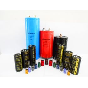 Full series electrolytic capacitor
